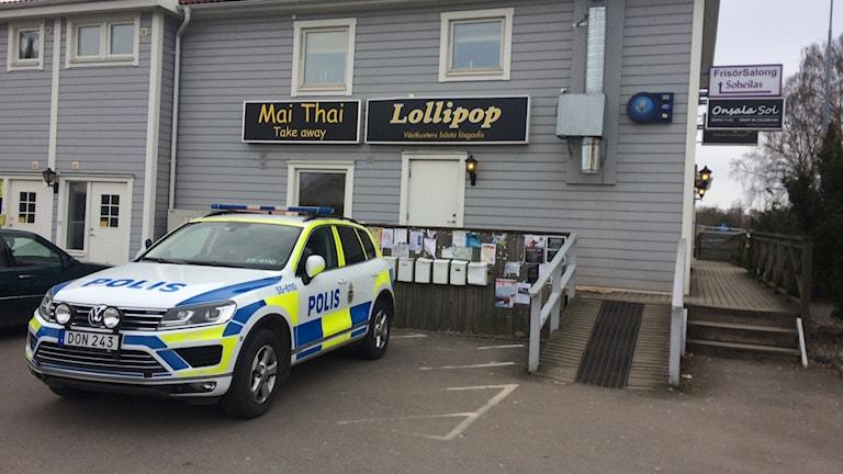 Butiken Lollipop utsattes för ett väpnat rånförsök.