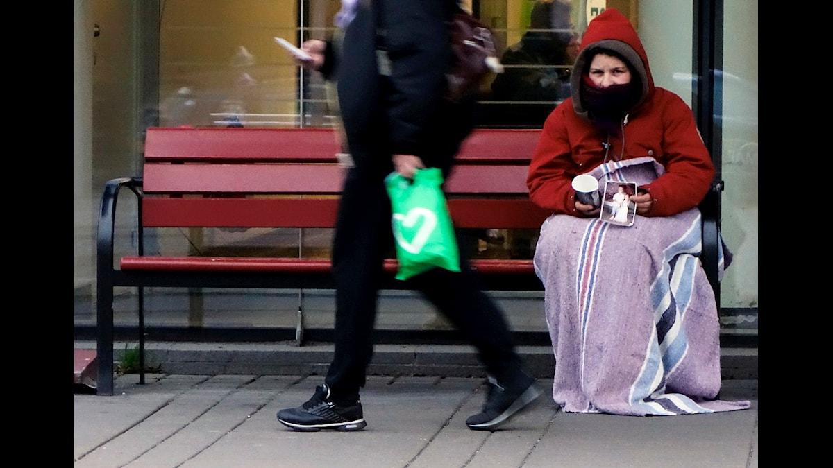 Tiggare utanför Södersjukhuset i Stockholm i november i år. Foto: TT/Hasse Holmberg