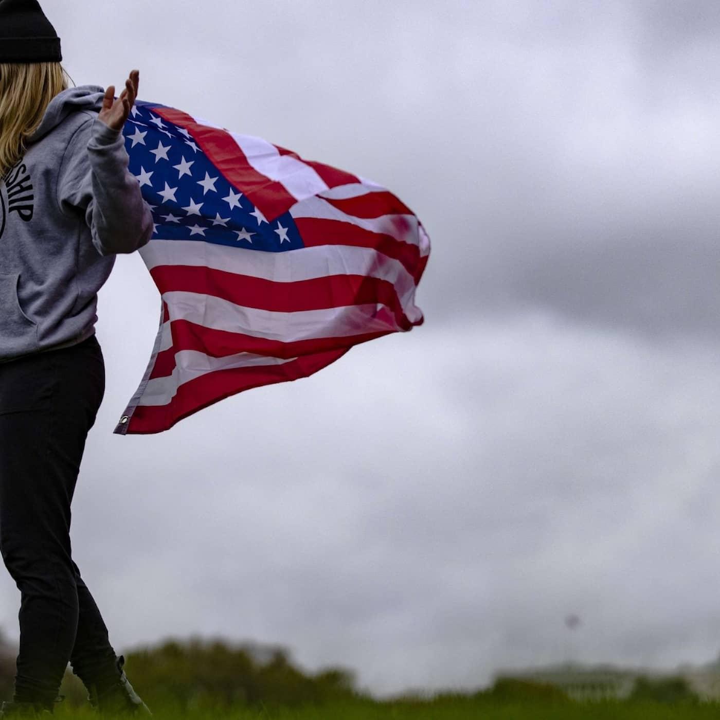 Vem är amerikan? Hela resan