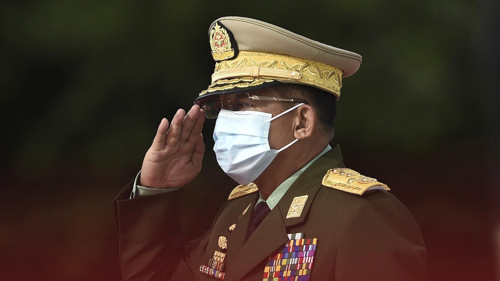 General i Myanmars militär