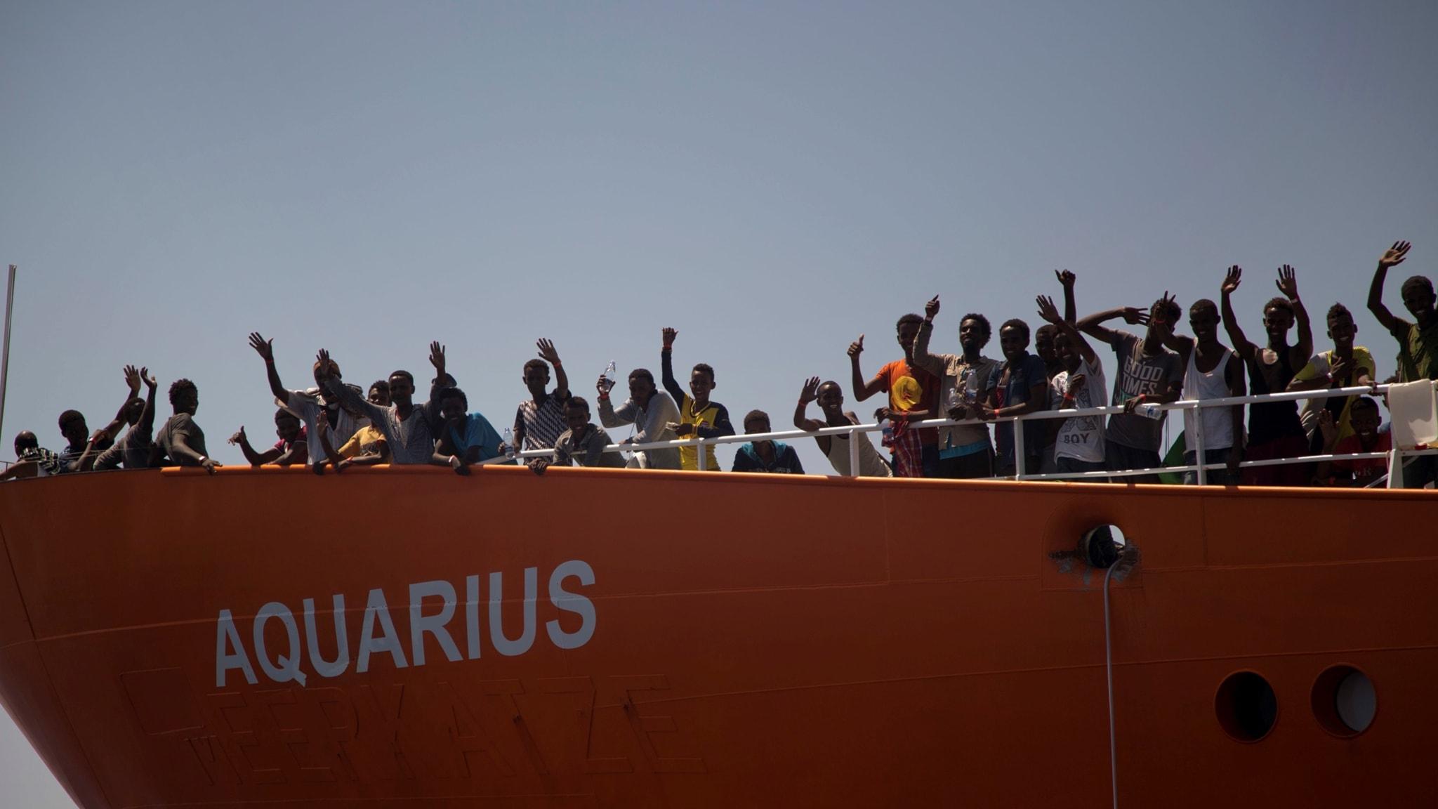 Det privata räddningsfartyget SOS Mediterranee Aquarius har blivit alltmer kontroversiellt i takt med att Europas migrationspolitik har blivit mer restriktiv.