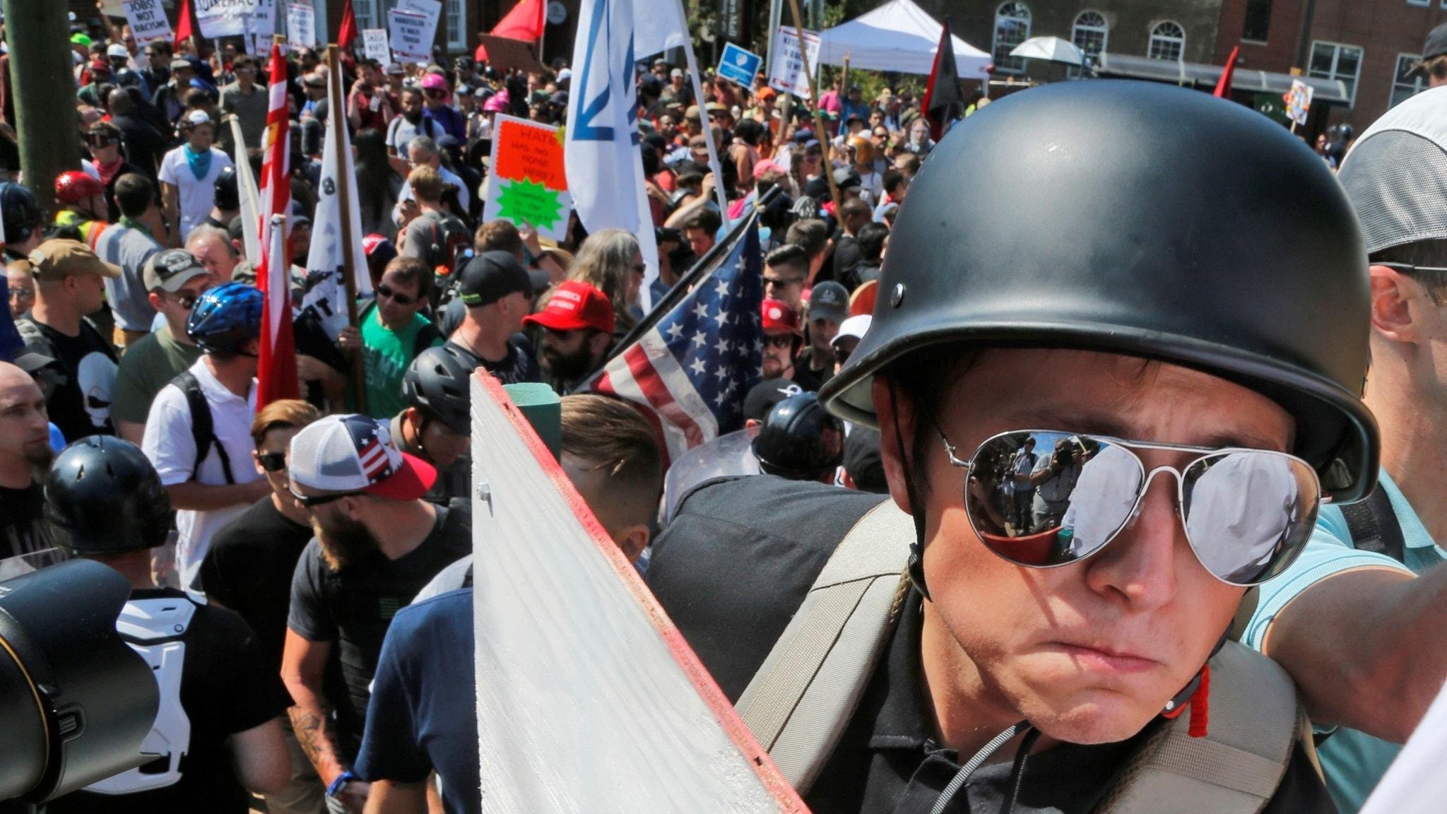 Vit-maktdemonstration i Charlottesville, USA