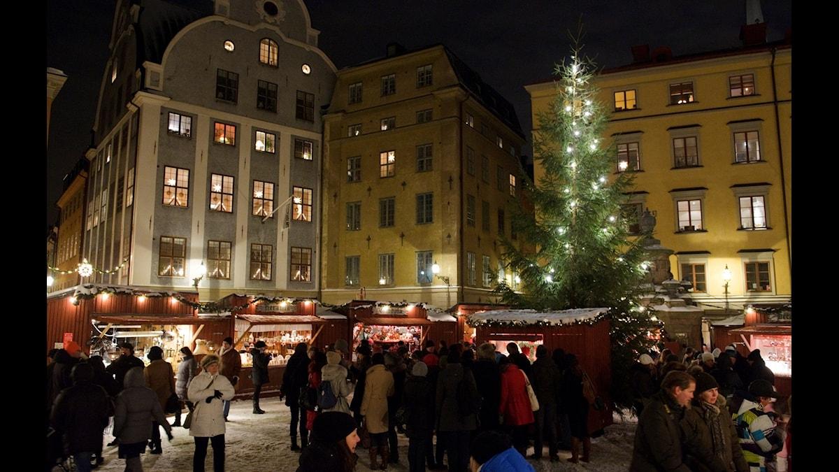 Julmarknaden i Gamla stan i Stockholm. (Foto: Henrik Montgomery / TT)