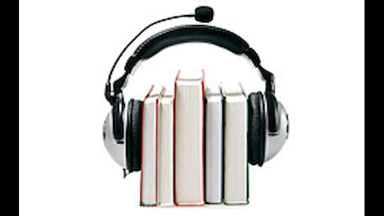 Hörlurar om fem böcker. Foto: iStockphoto.com/cimmerian