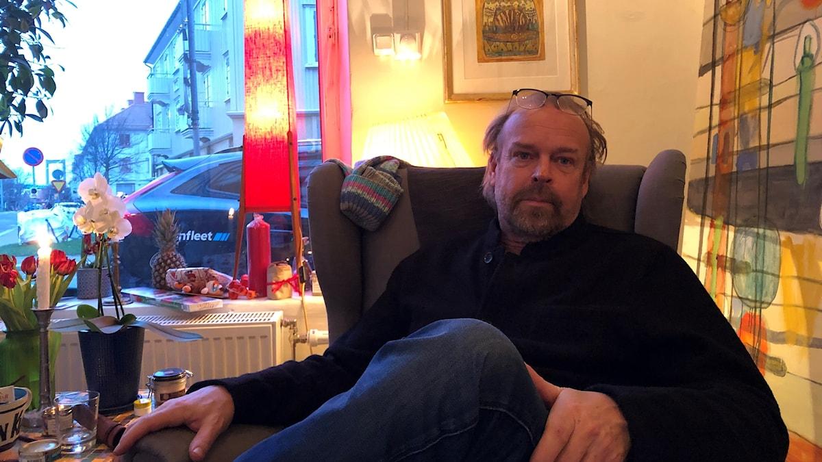 Klas Parknäs i atéljen, Göteborg