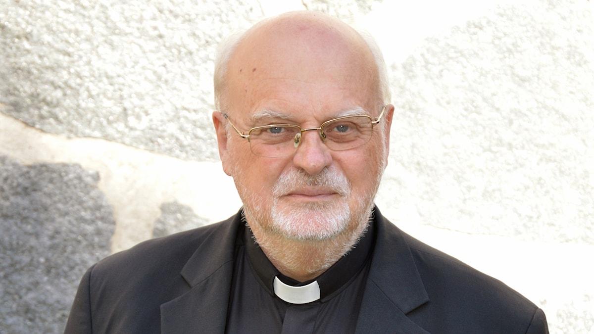 biskop, kardinal
