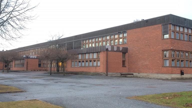 Karlsängskolan i Nora behöver både rustas och moderniseras. Foto: Marie Hansson/Sveriges Radio.