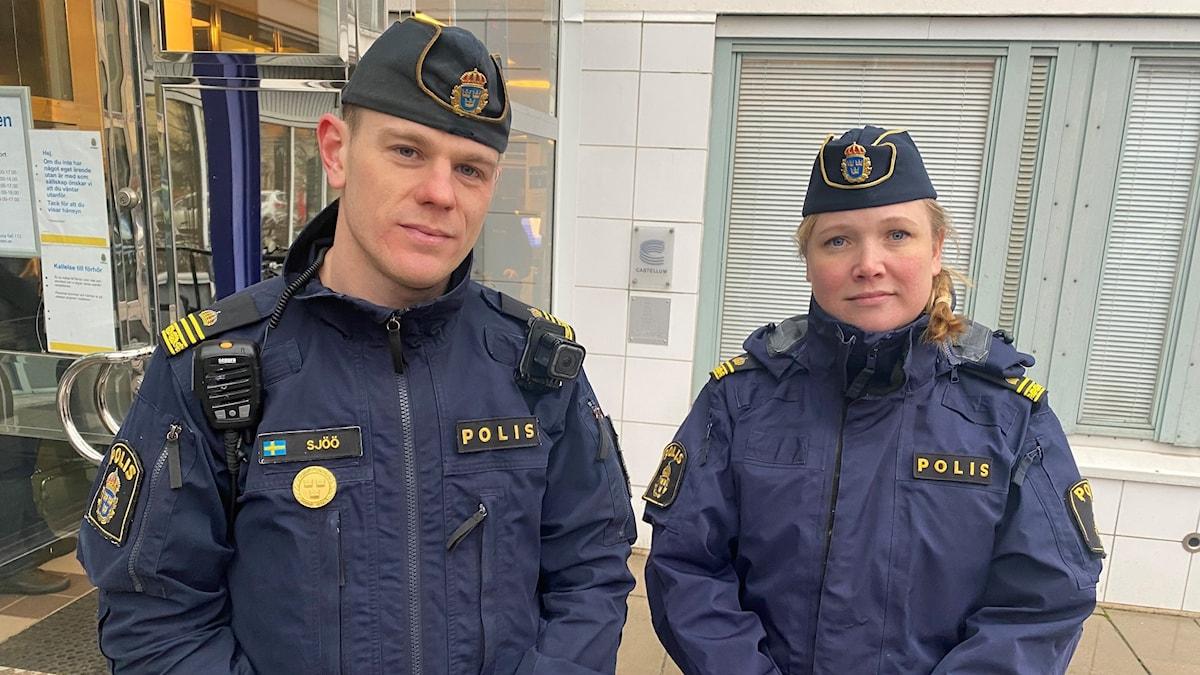 Yttre befäl Magnus Sjöö och kommunpolisen Therese Beme ser många fördelar när stöket på stan minskat.