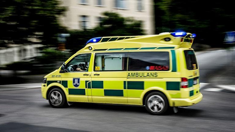 ambulans olycka akut
