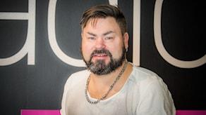 Tobias Andersson är en av de fyra finalisterna som tävlar om att bli P4 Örebros lokalartist och får chansen att stå på scenen på O, Hela Natt på Stortorget.