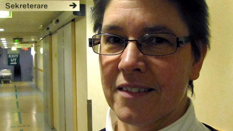 Eva-Lena Sjöberg är verksamhetschef vid akutmottagningen på USÖ. Foto: Gabriel Stenström/Sveriges Radio Örebro.