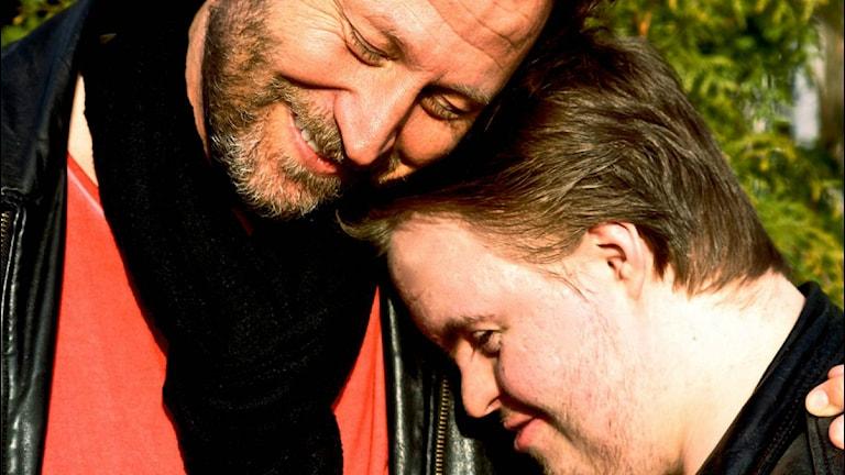Pappa Sören Olsson med sonen Ludvig. Foto:Privat