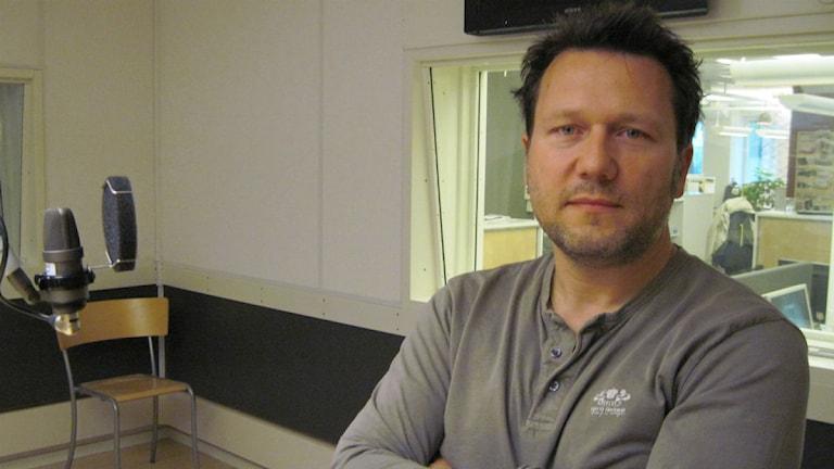 Pelle Blohm blev arg när nya kopieringar avslöjades. Foto: Lisa Ericsson/Sveriges Radio Örebro.