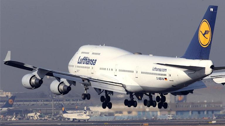Flygplan lyfter. Arkivbild: Michael Probst/Scanpix