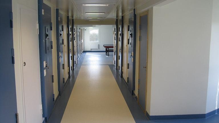 Korridor i Kumlaanstalten.