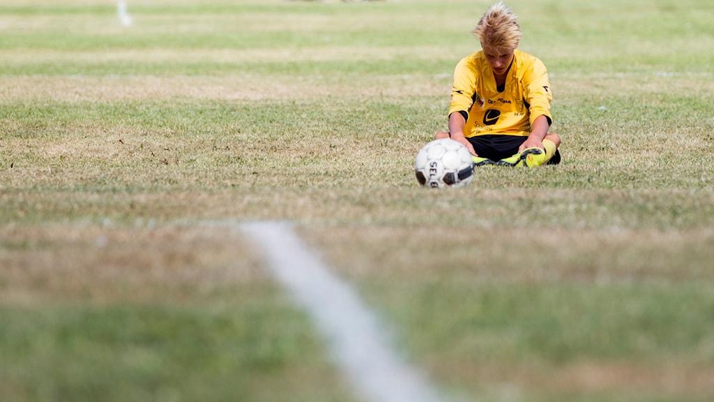 Forskning visar att det är bra om unga håller på med fler än en idrott.