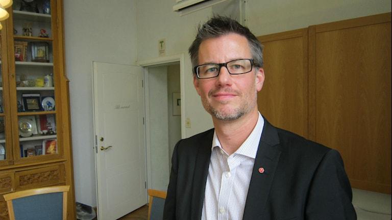 Socialdemokraten tillika programnämnd samhällsbyggnads ordförande Björn Sundin. Foto: Pontus Kinnander/SR.
