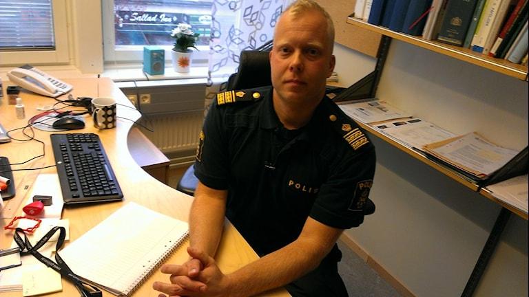 Ted Esplund biträdande, områdeschef vid polisen i Örebro. Foto: Andreas Morén P4 Örebro.