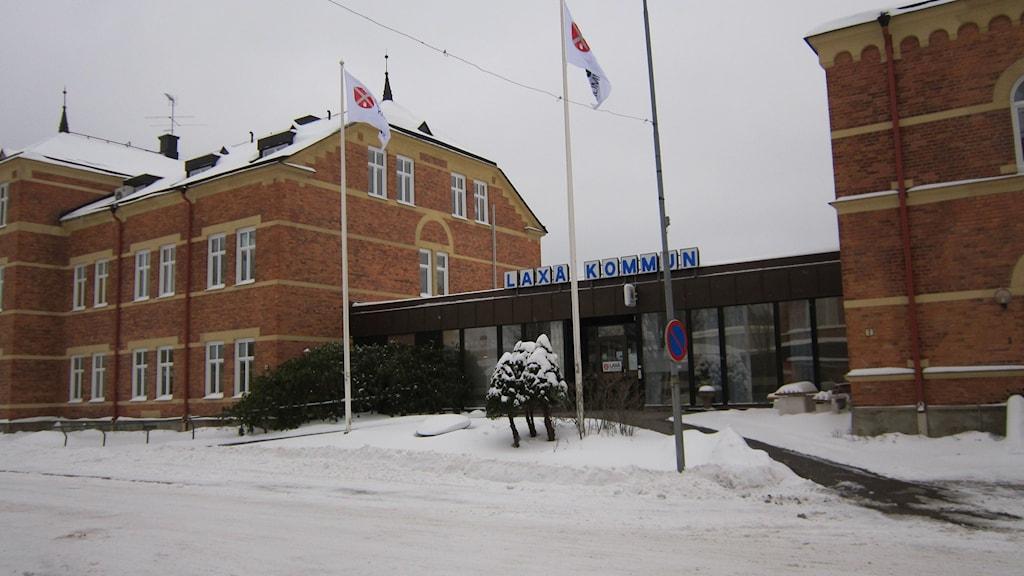 Laxå kommun ska börja beta av sina stora skulder. Foto: Marie Hansson/P4 Örebro.