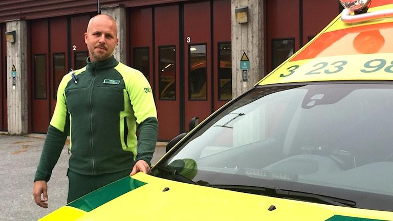 Ambulanssjukvårdare Erik Brehmer vid Lindesbergs lasarett.