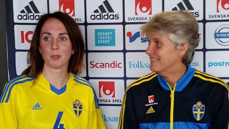 Marina Pettersson-Engström och Pia Sundhagen. Foto: Anderas Ericson/Sveriges Radio.