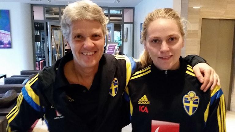 Pia Sundhage och Lisa Dahlkvist.