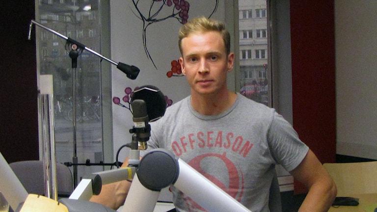 Joakim Ljunggren i studion