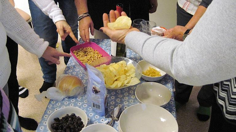 Chips är bara en av många frestelser i vardagen. Foto: Anna Björndahl/Sveriges Radio.