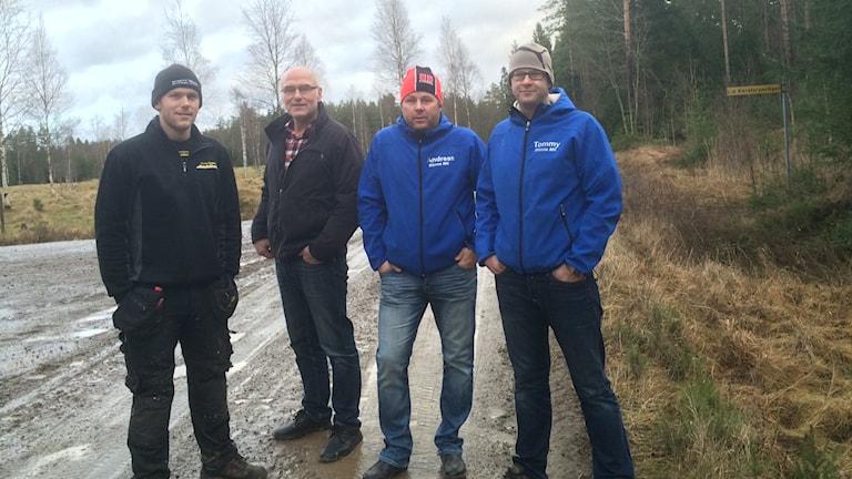 Johan Gustafsson och Leif Gustafsson samt Andreas Haraldsson och Tommy Svallin från Rönne GK. Foto: Marie Hansson/Sveriges Radio.