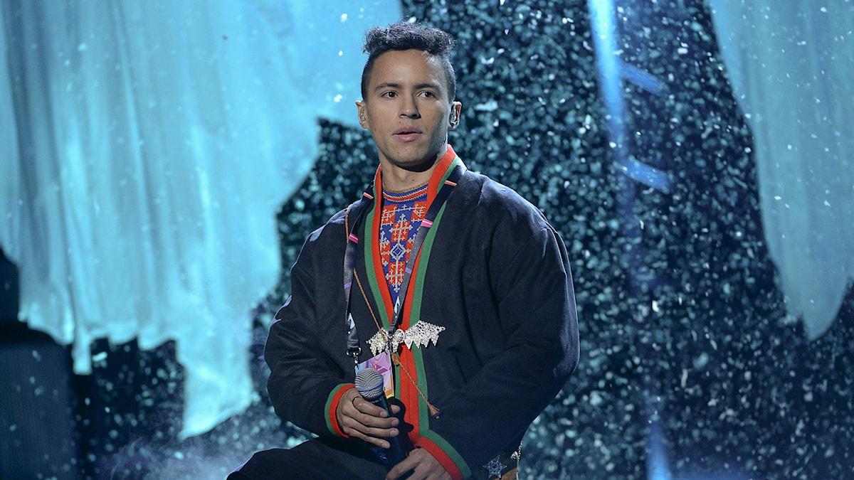 Jon Henrik Fjällgren i Melodifestivalens deltävling tre i Östersund.