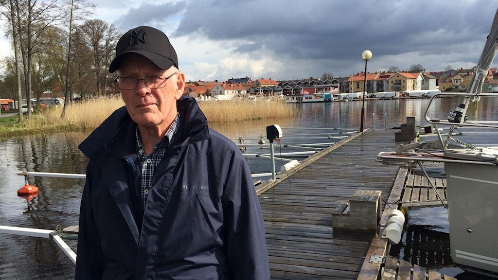 Arne Karlsson, småbåtshamnen i Askersund. Foto: Maria Rinaldo/Sveriges Radio.