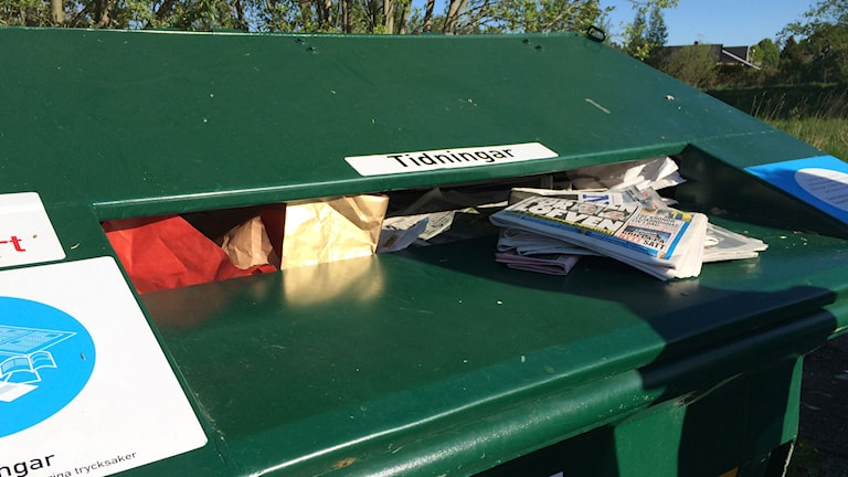 Återvinningsstation, återvinning, tidningsinsamling,