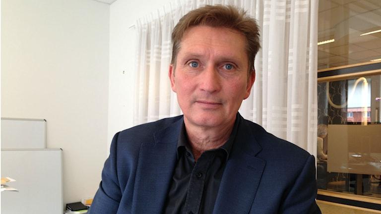 Tex Kihlström, chef för serviceresorna på Länstrafiken. Foto: Julia Myllylä/Sveriges Radio.