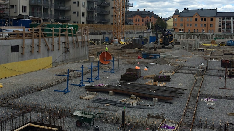 Byggnation, byggarbetsplats, bygge. Foto: Karwan Tahir/Sveriges Radio