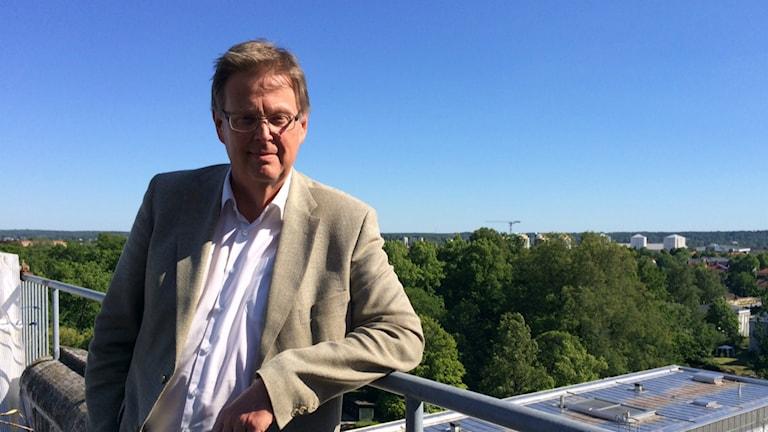 Jan Olsson är hälso- och sjukvårdsdirektör på Region Örebro län. Foto: Gabriella Garpefjäll/Sveriges Radio