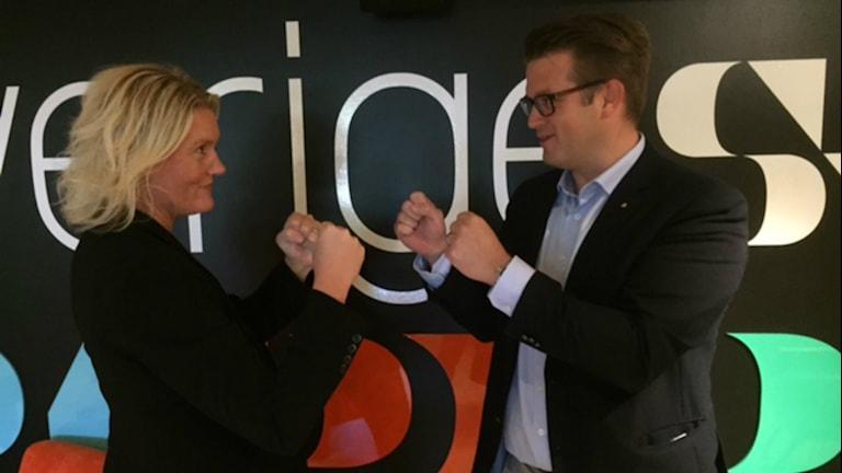 Boxningmatch mellan Lena Baastad, S och Anders Åhrlin, M. Foto:Carina Galanou Ipsonius.