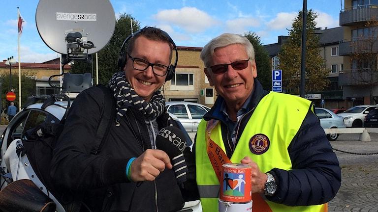 Andreas Morén på plats i Kumla för Kommuntoppen. Foto: May-Britt Rylander/ Sveriges Radio