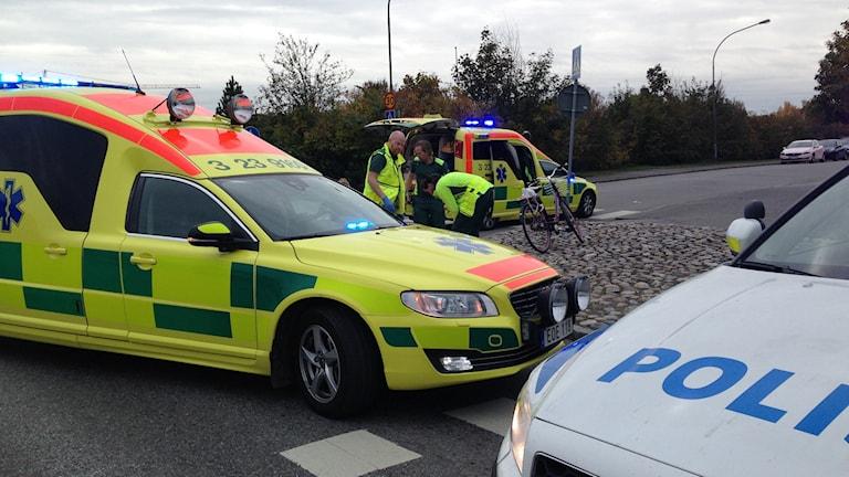 Ambulanser, cyklist, olycka trafikolycka