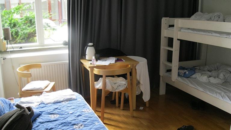 Våningssäng hotellrum Örebro Ensamkommande