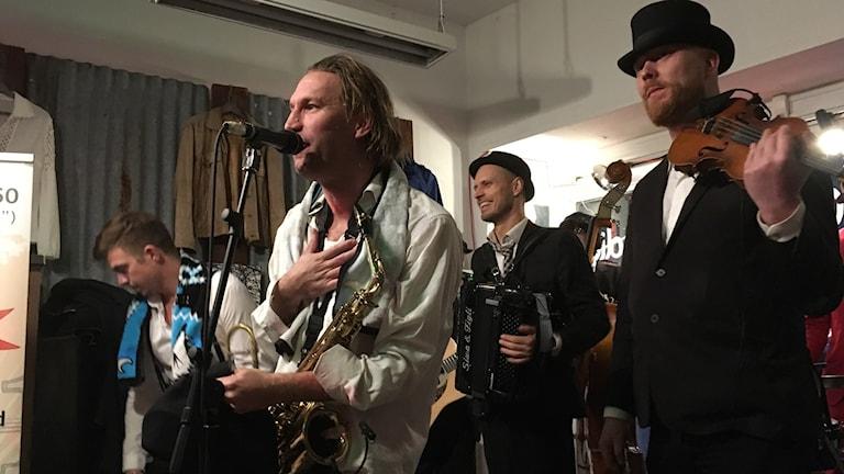 Klezmerband, Räfven, Örebro, Musikhjälpen, Världsrekord