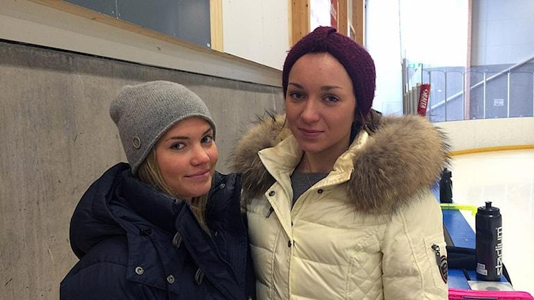 Nikki Andersson och Mikaela Seger Örebro KK .
