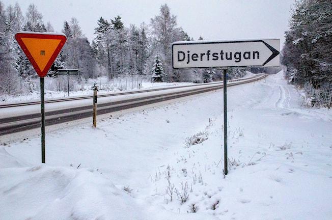 Skog Djerfstugan vägskylt avverkning skogsparti Fuxboudden