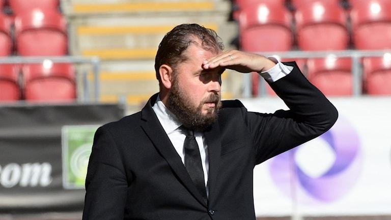 Alexander Axén Örebro SK ÖSK tränare  letar efter försäsongsformen