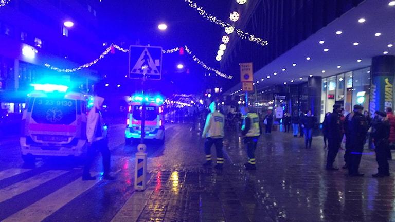Ambulans och räddningstjäsnt larmades till Krämaren.