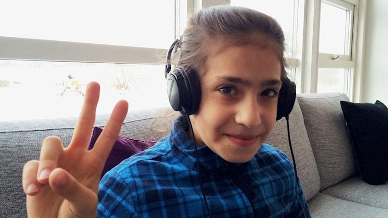 10-åriga Sidra väntar på att få gå i skola i Lekeberg.