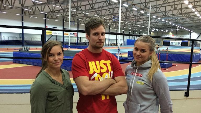 Elin Östlund, Rasmus Karlsson och Fanny Runheim tränar friidrott i Örebro