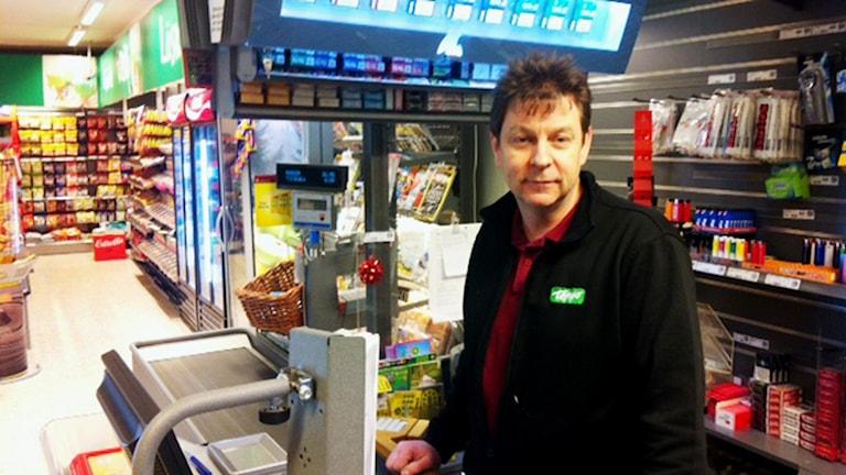 Torbjörn Lagermyr, butikschef på affären i Storå.
