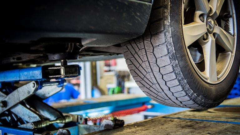 bilverkstad däck bilreparation