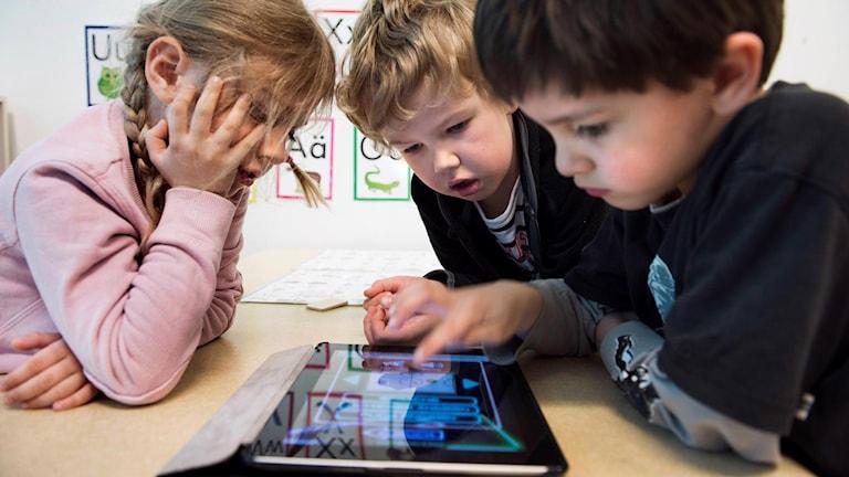 På förskolan Viljan blir det inte läsplattor om det blir som lärare och föräldrar vill.