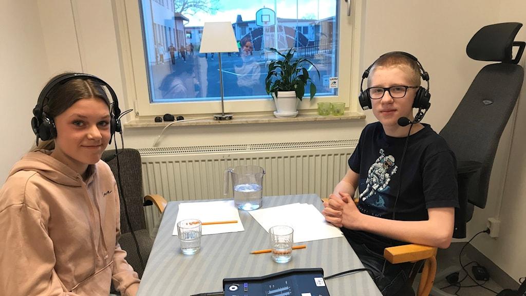 Viktor Berg och Margit Klintenberg, 5A Lillåns skola i Örebro.